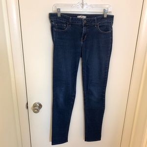 Hollister Stretch Mid-Rise Super Skinny Jeans 29